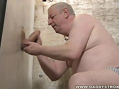 homemade me sucking at gloryhole