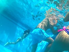 Teen Underwater Ass