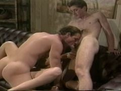 Bisexual Classic Ass Threesome